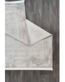 Beyaz Geometrik Dekoratif Modern Desenli Akrilik Halı
