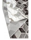 Kahverengi Geometrik ve Pixel Desenli Modern Halı